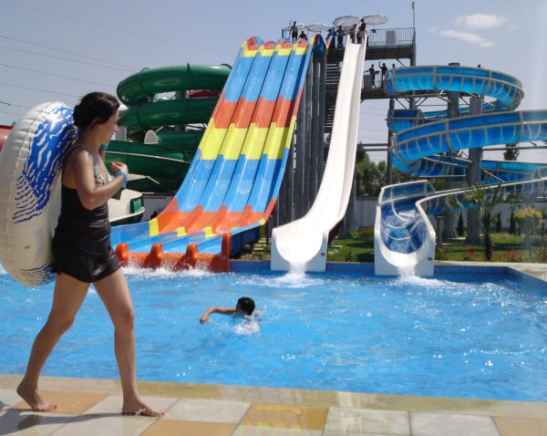 Горка аквапарка Дельфин Душанбе Душанбе post 5c1b6bc6635ca 600x478