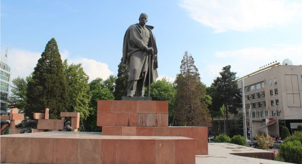 Площадь имени Садриддин Айни Душанбе Душанбе post 5c1b6dadbc038 600x326