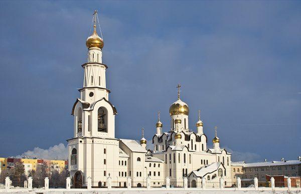 Храм Преображения Господня в Сургуте
