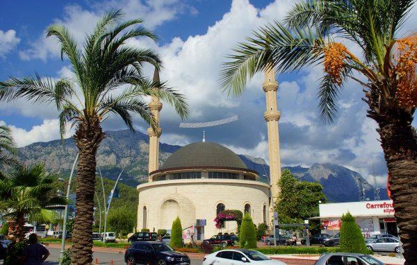 Мечеть Хузур Ками